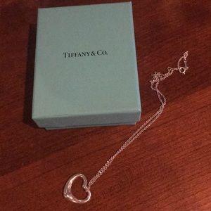 Tiffany and co. Open heart Elsa paretti necklace